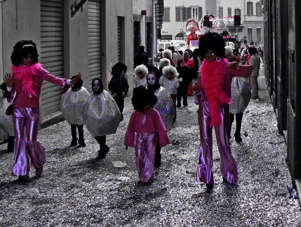 Carnevale colori a parte - Rosa fuxia